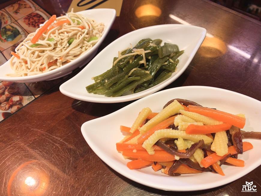 新竹美食推薦珈賀食堂古早味傳統豬腳飯